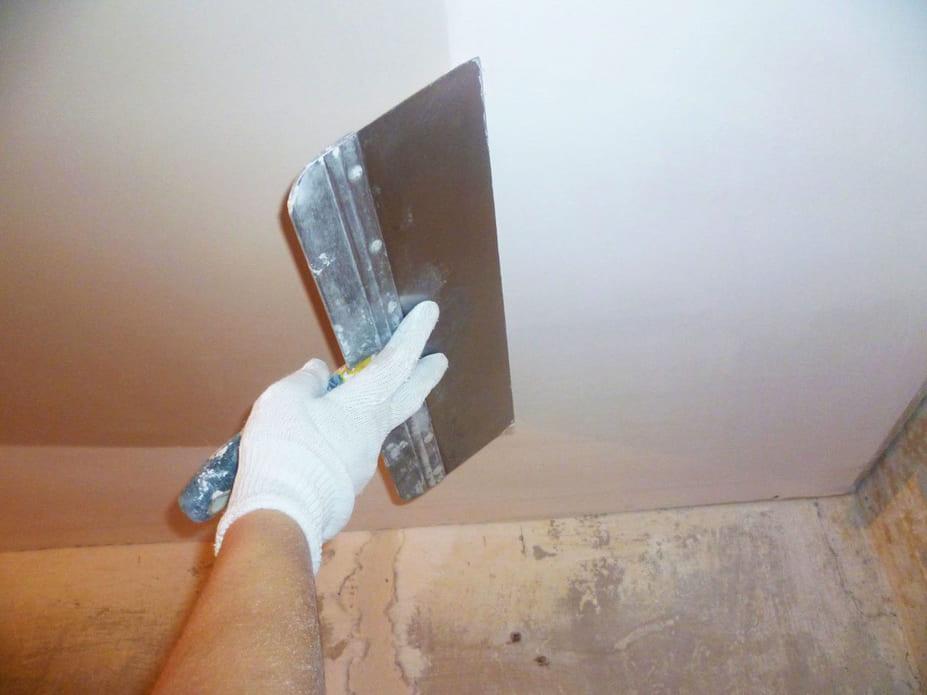 Шпаклевка потолка под покраску