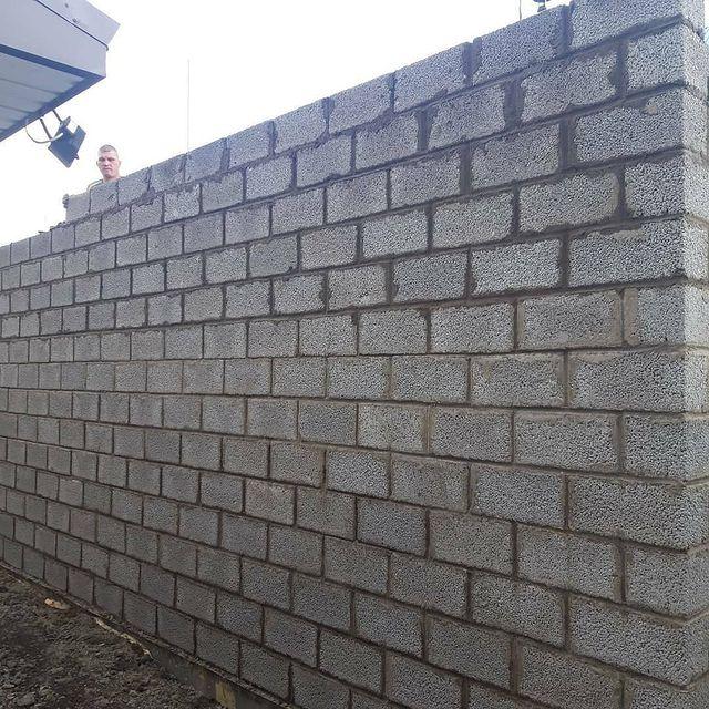 стена из керамзитоблока