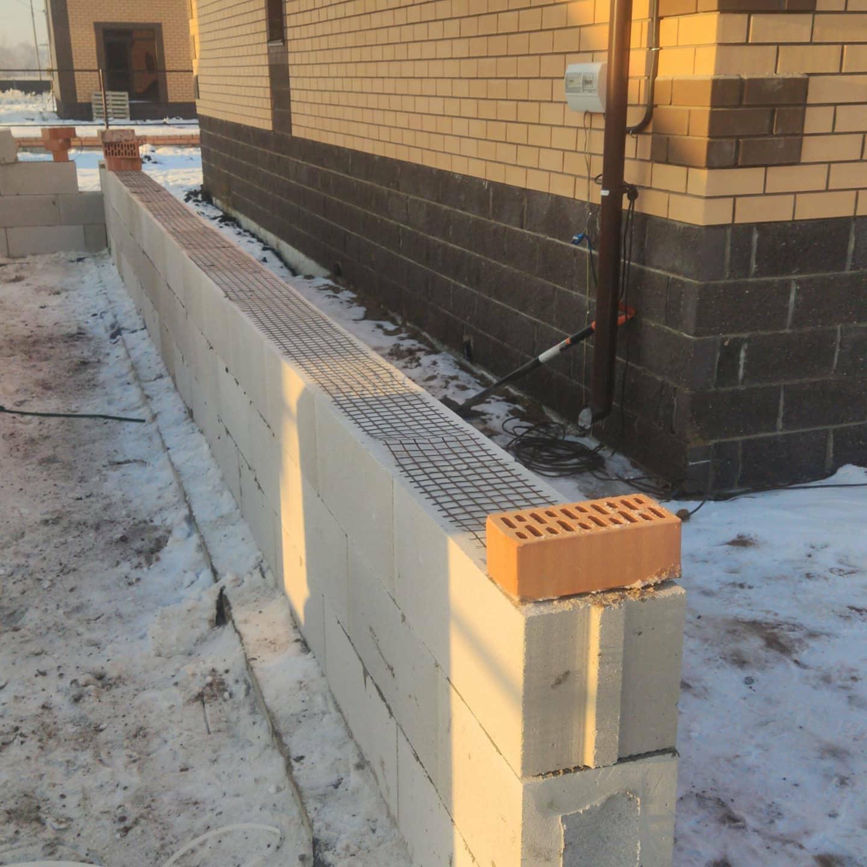 Кладка стен из газоблока, газобетонного блока в Уфе качественно и без переплат