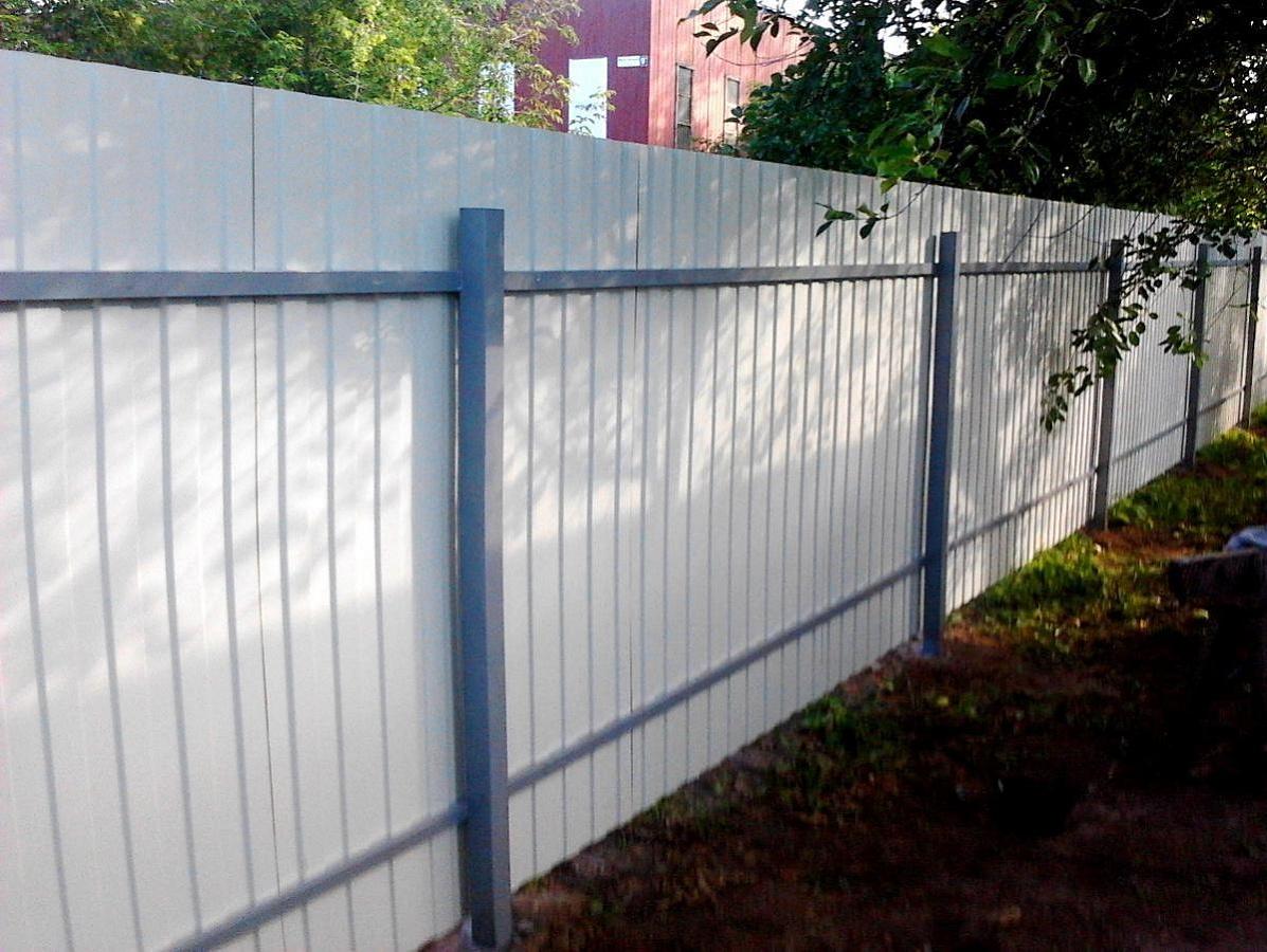 Забор из профнастила с порошковой покраской