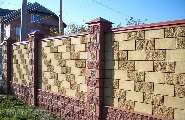 Забор из бессер блока